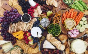 How To Create A Grazing Board
